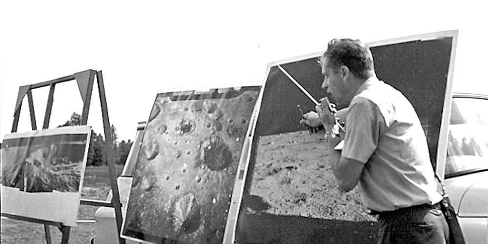 Gordon Swann giving briefing for demonstration of the Lunar Roving Vehicle (LRV) at Cinder Lake Crater Field
